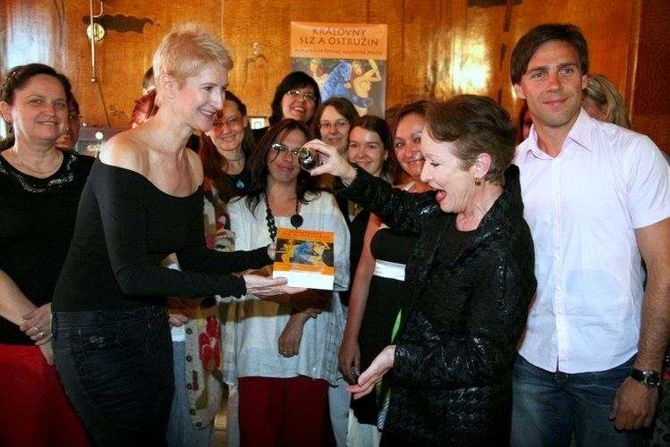 The Queens of Blackberries and Tears - official book launch event, Prague (photo: Klara Smilkova)