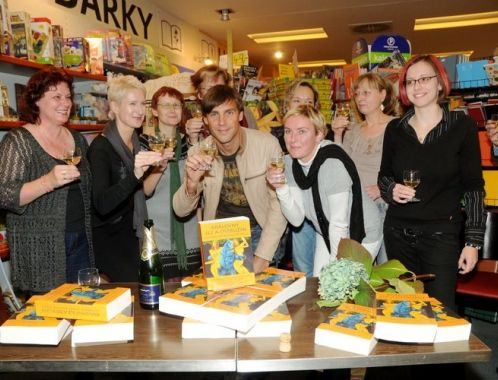 The Queens of Blackberries and Tears - book launch event, Brno (photo: Zbynek Maderyc)