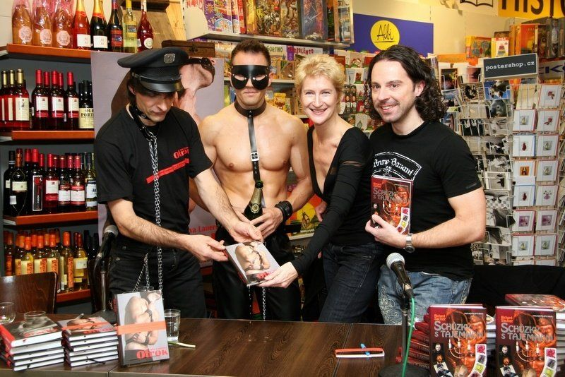 Book launch and book signing event, 3.12.2009, Brno